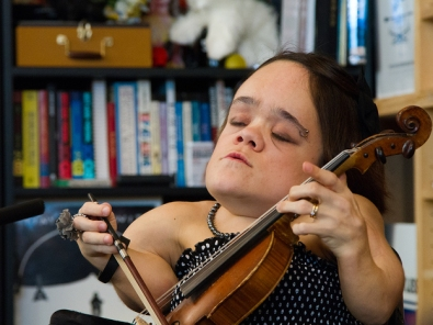 Tiny Desk Concert with Gaelynn Lea.